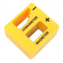 Magnetyzer i demagnetyzer do wkrętaków